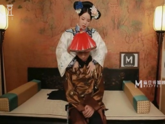 MAD-017 The concubine and the guard affair happily. China AV